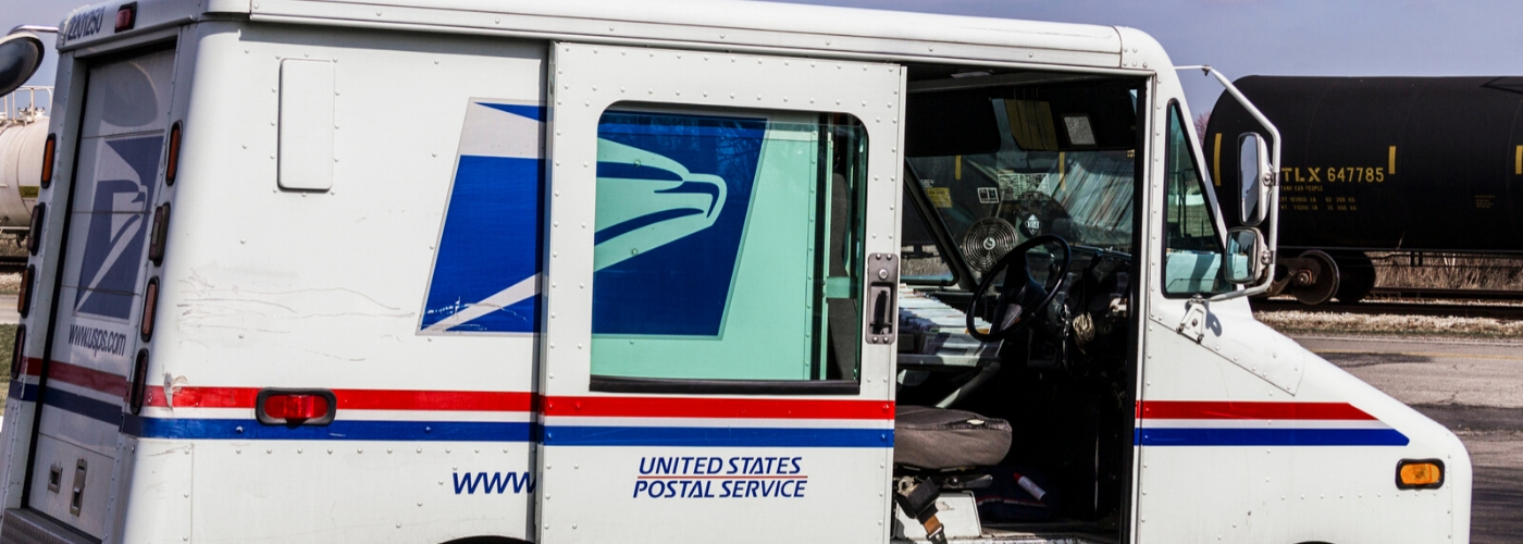 Postal Carrier Arrested for Selling Crack from Mail Delivery Truck (1)